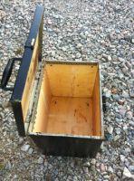 petite caisse en bois d 39 occasion kymoa. Black Bedroom Furniture Sets. Home Design Ideas